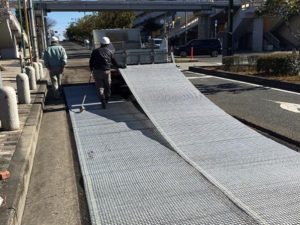 道路舗装補強材の実績写真